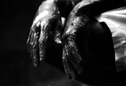 Mãos Descansando